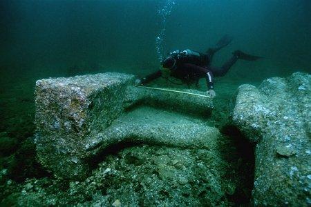 Руины затерянного города у побережья Египта