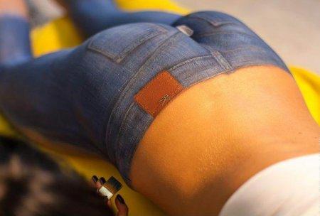 Потрясающий боди-арт на женском теле