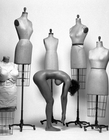 НЮ фотографии женщин от Гюнтера Кнопа